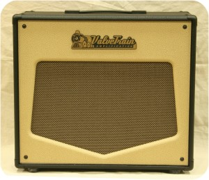 ValveTrain Amplification Revolution Series 2x10 Extension Cabinet - Front